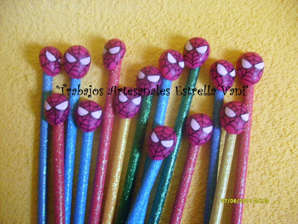lapices con apliques de porcelana fria para los nenes de spiderman
