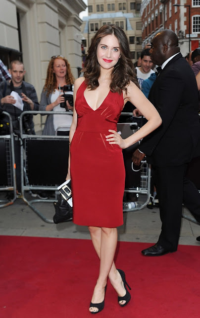 The Red Carpet The Lovely Alison Brie At The 2012 Gq Men