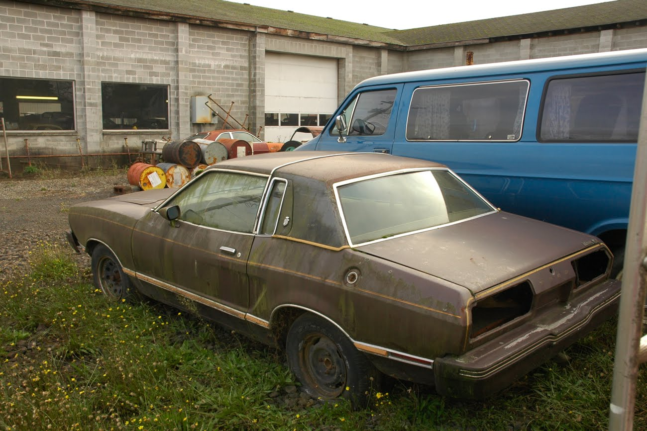 All Types mustang 2 pictures : OLD PARKED CARS.: Thanksgiving Smörgåsbord, Part 2: 1977 Ford ...