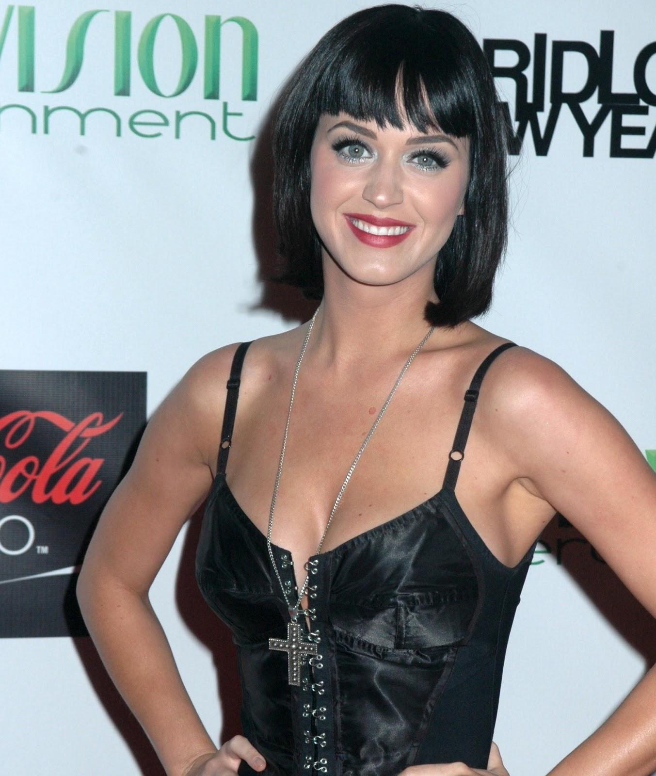Mv la creativit di moda milano roma fashion icon katy perry diva pop - Diva futura hot ...
