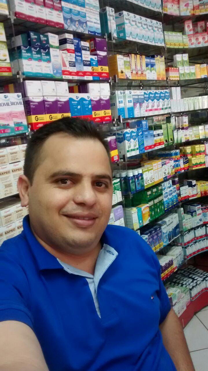 Olavo da Farmácia mais uma liderança  que acredita no desenvolvimento da cidade de Aguas Lindas
