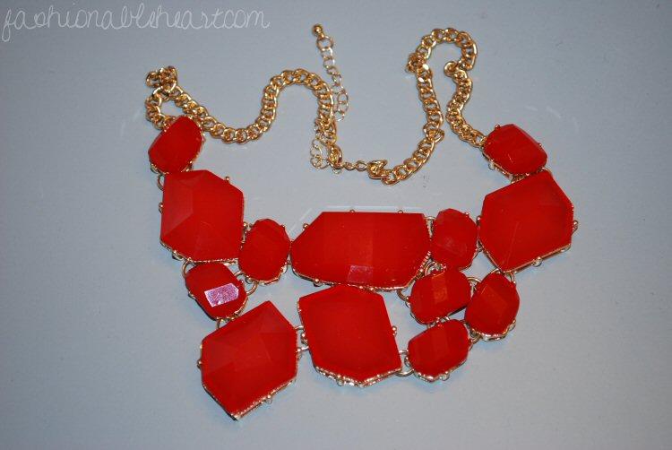 Target gemstone necklace