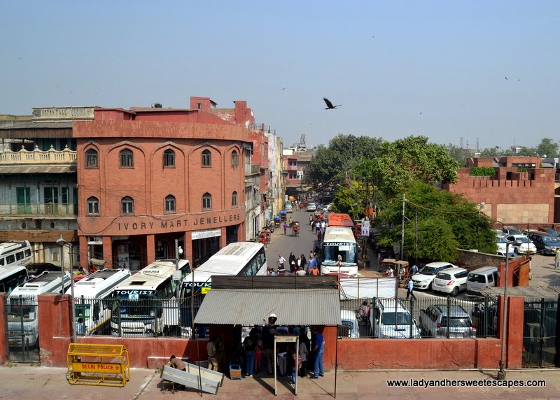a view of Meena Bazaar from the steps of Jama Masjid