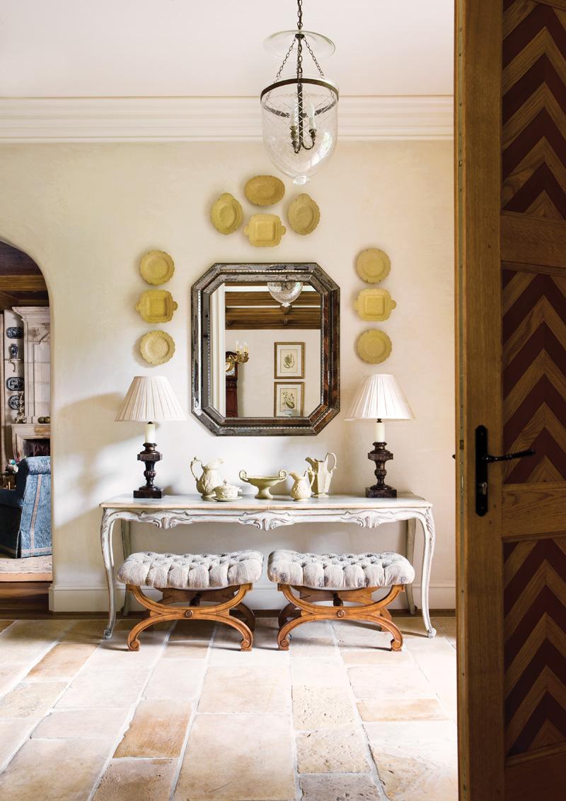 Decora O Espelho E Aparador 20 Ideias Cores Da Casa -> Modelo De Sala Pequenas Com Espelho E Aparador