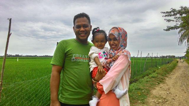 Saya, Istri Dan Si kecil