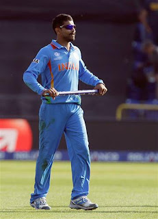 Ravindra-Jadeja-celebrate-Win-India-vs-South-Africa-ICC-Champions-+Trophy-2013