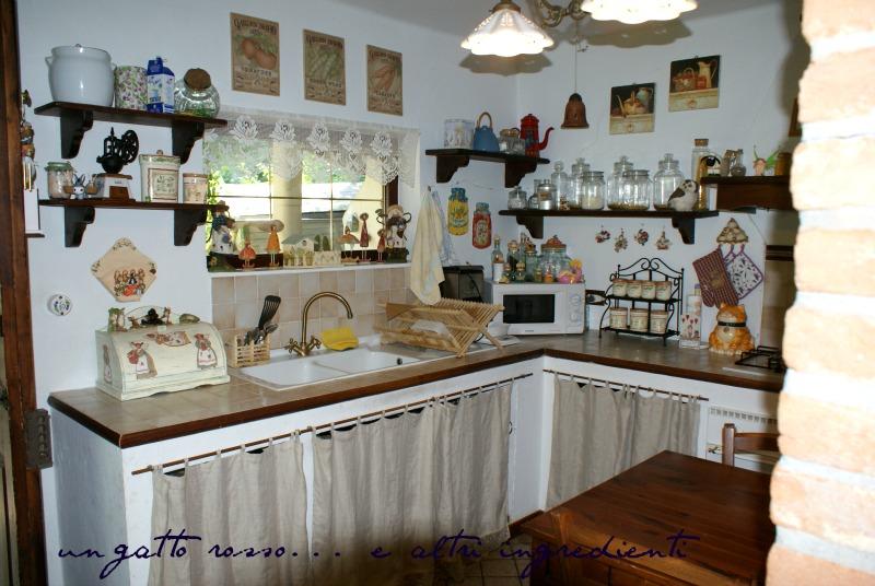 Emejing Tendine Cucina Muratura Contemporary - Embercreative.us ...