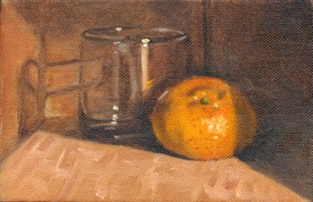 Oil painting of an orange mandarine in front of a short empty glass.