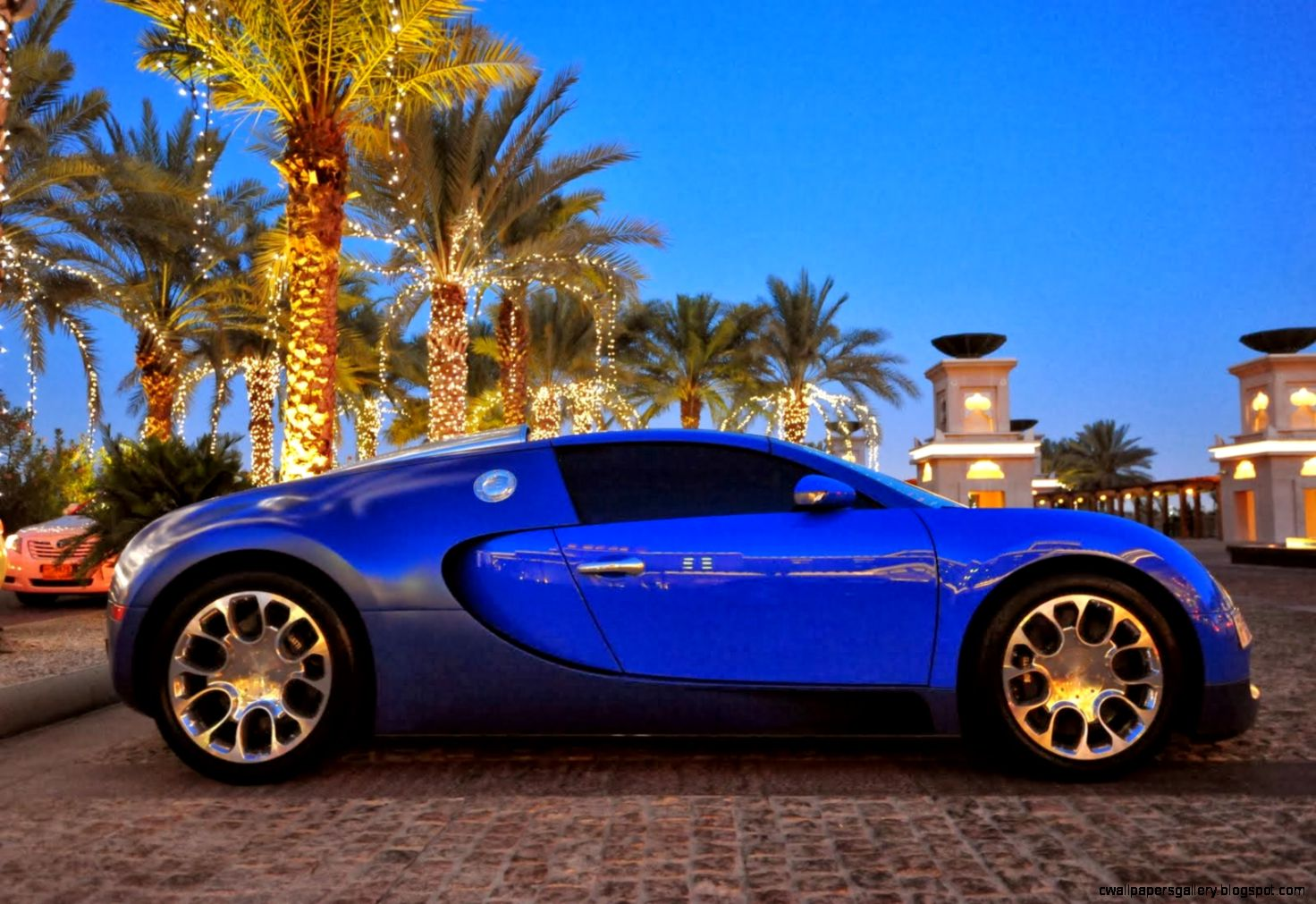 Cars View Luxury cars in dubai aution