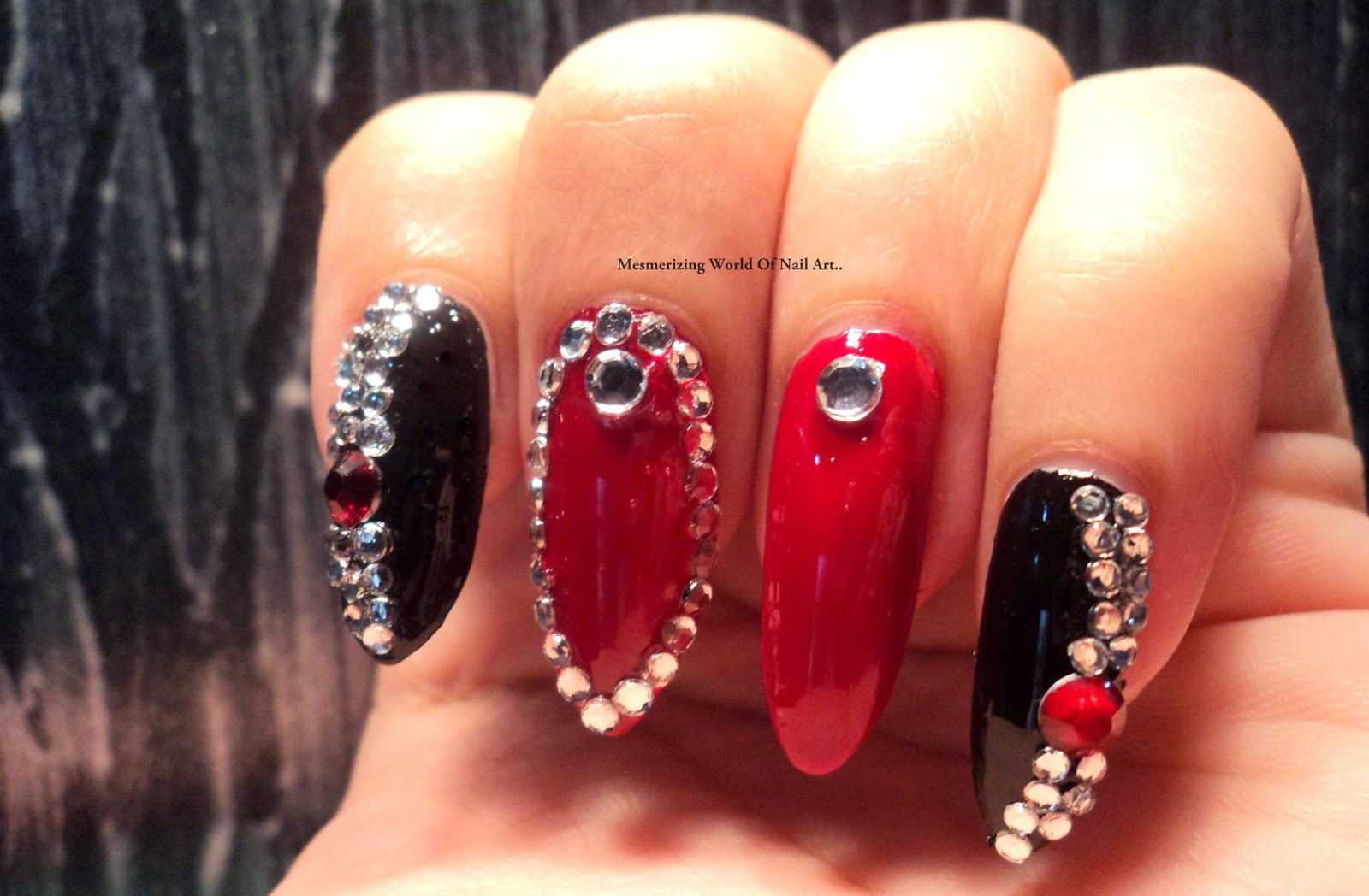 Mesmerizing World Of Nail Art...: Red and Black Bling Stiletto Nails