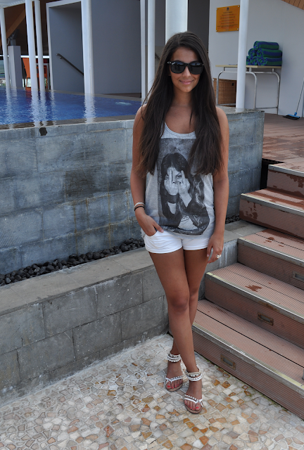 arnhem buddhist singles Buddhist singles dating - do you want to learn how to flirt online dating is the best way to do it, become member on this dating site and start flirting with other members.