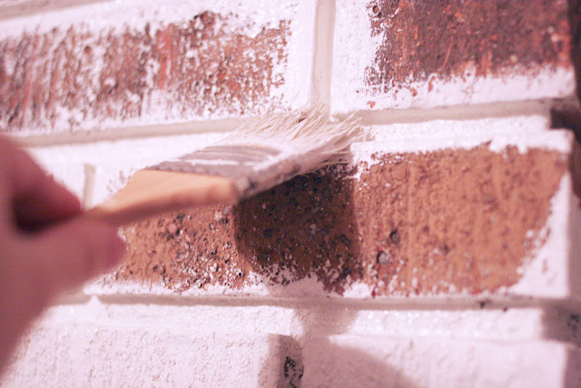 how to paint brick // the right type of paint to use on brick // craftivity designs