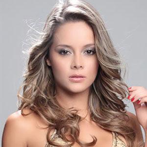 Alejandra Buitrago Herrera (Colombia, 09 de octubre de 1987) es una pereirana de 27 años 1.73 de estatura, quien desde hace días acompaña a Angélica 'La ... - Fotos%2BAlejandra%2BBuitrago%2Ben%2BEl%2BLavadero%2Bpresentadora%2Balejandra%2Bbuitrago%2Bwikipedia%2BBiograf%25C3%25ADa%2Balejandra%2Bbuitrago%2Breemplazo%2Bde%2BCristina%2BHurtado%2B03