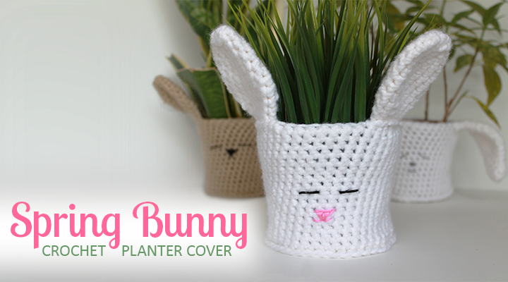 Darling bunny rabbit crochet planter cover tutorial -- perfect for spring and Easter! | The Inspired Wren