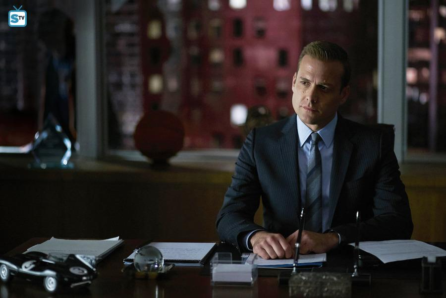 Suits - Episode 5.12 - Live to Fight - Promo, Sneak Peek, Synopsis & Promotional Photos