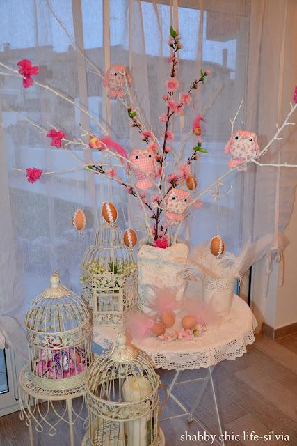 albero di Pasqua con gufi cuciti a mano