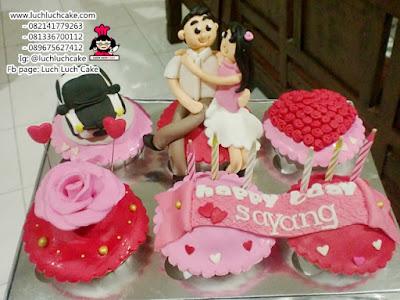 Cupcake Romantis Pink Merah