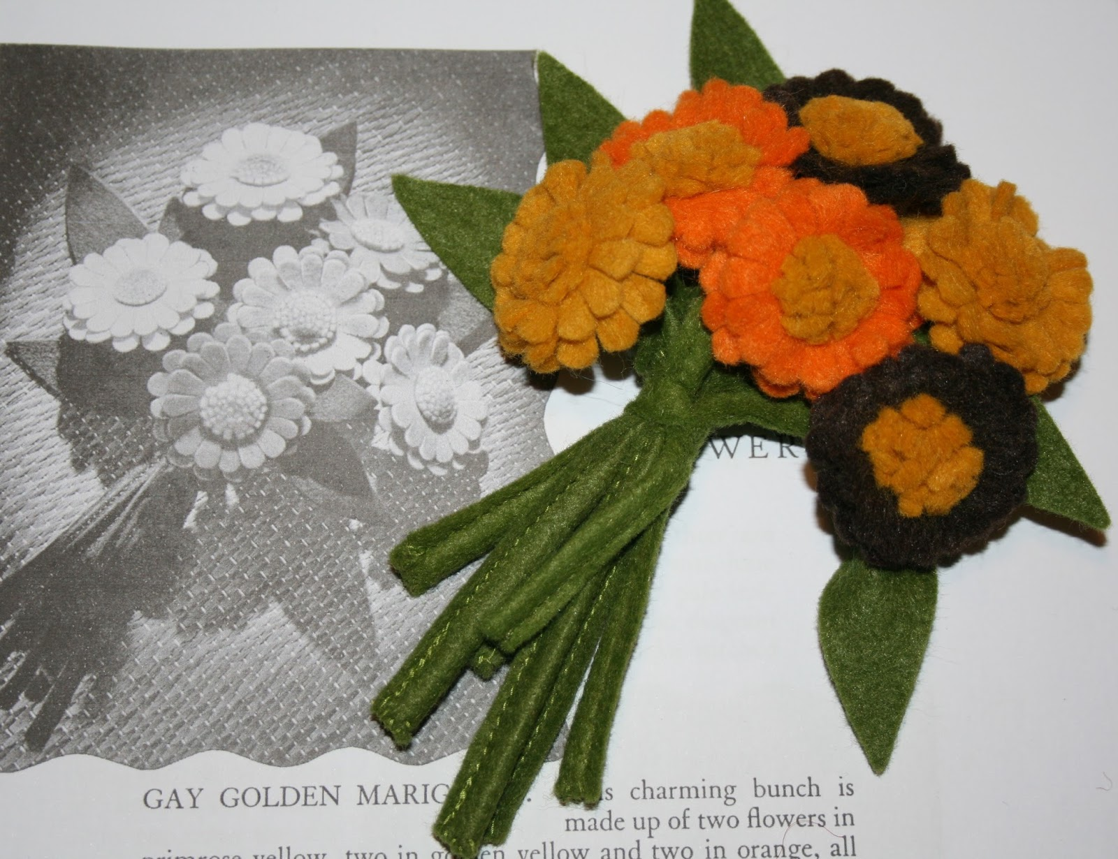 1940s style for you 1940s fabulous felt flowers tuesday 17 september 2013 izmirmasajfo Images