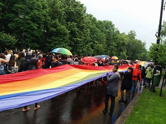 Șapte cupluri gay au dat în judecată statul român la CEDO pentru recunoașterea relației de familie