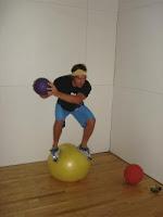 ¡La Oca Loca! Balance_ball_A
