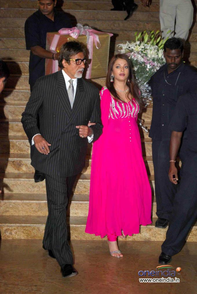 Bridal Dresses: Aishwarya Rai marriage reception photos