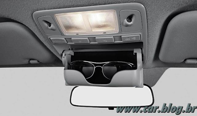 Hyundai HB 20 - porta-oculos