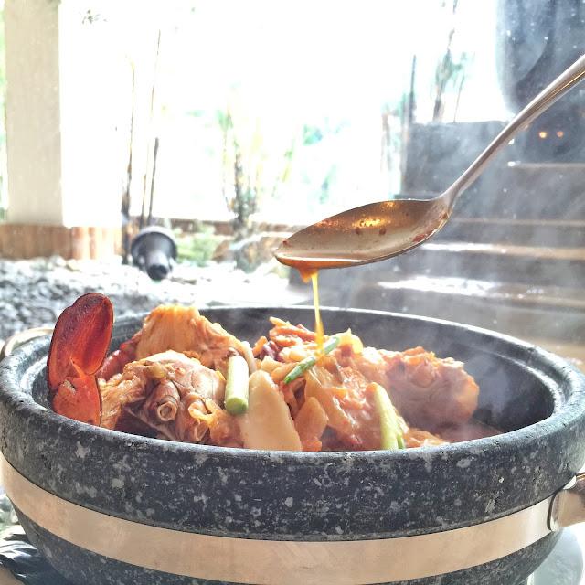 ParkRoyal Crab Buffet - Stewed Kimchi Crab
