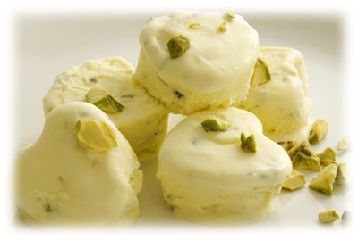 Мороженое  с кардамоном и фисташками