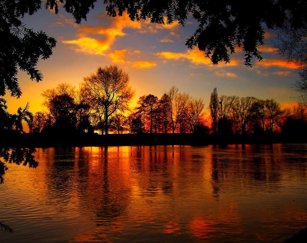 Buscando la tranquilidad (libre) - Página 2 Imagenes-paisajes-atardecer-lago