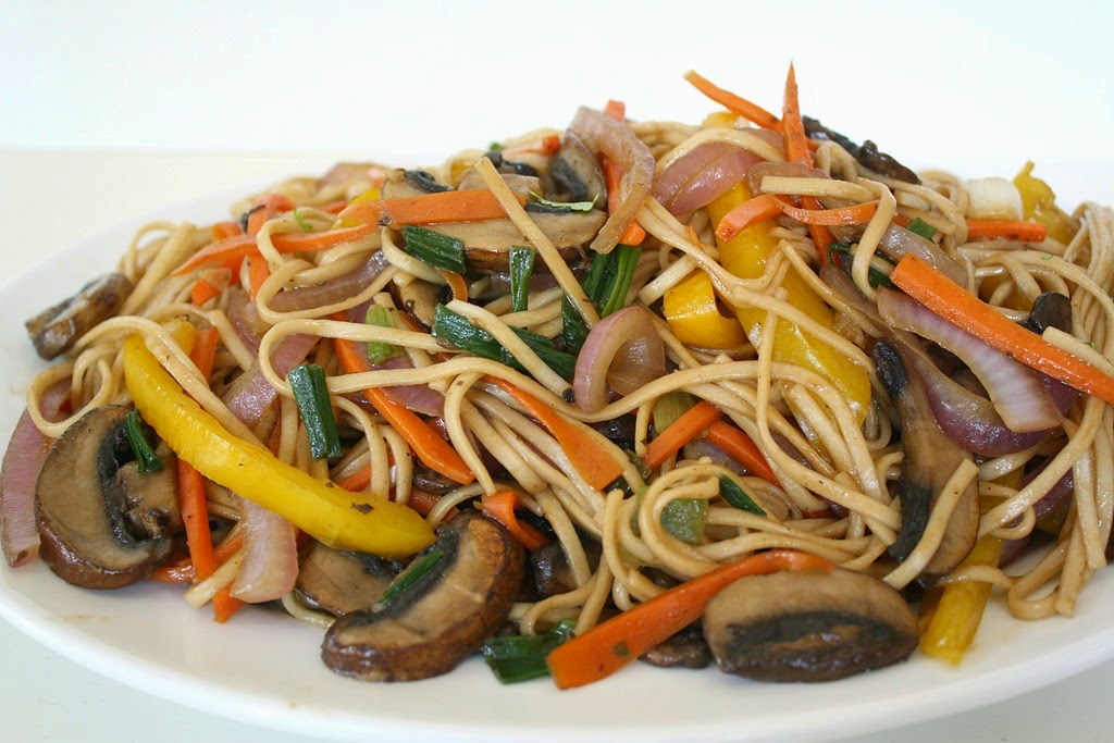 Vegetable Lo Mein Images & Pictures - Becuo
