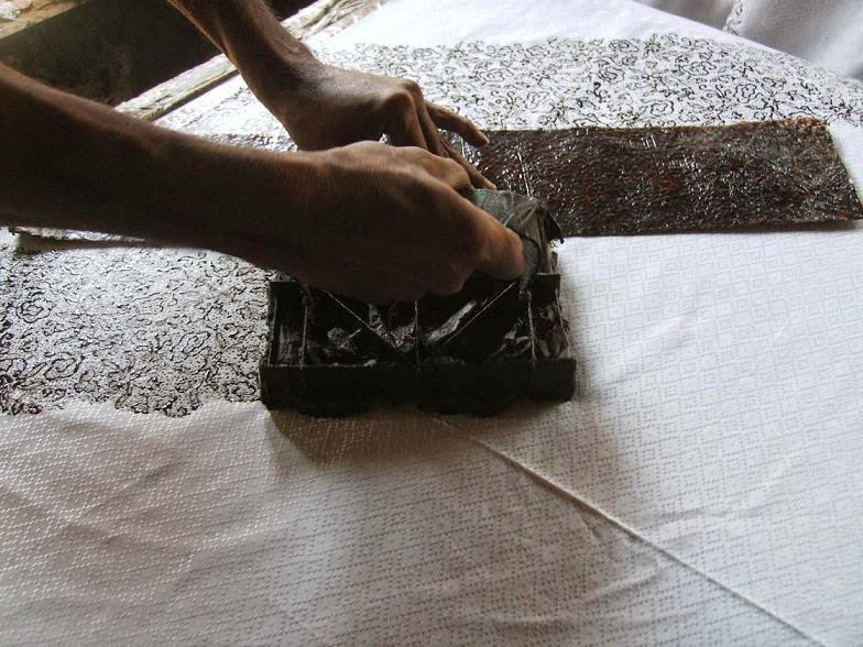 Yuk Belajar Membuat Batik Cap !