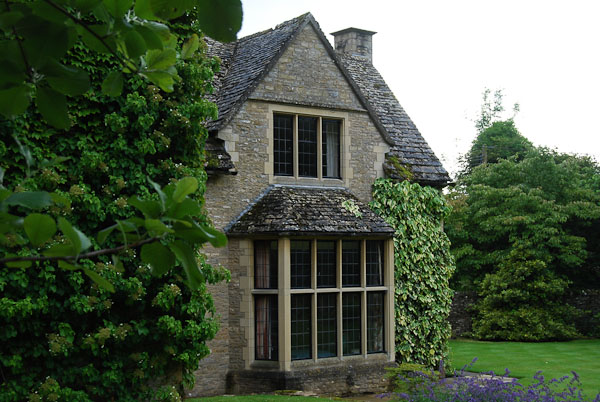 Goodwin classic homes architecture of the cotswolds cottages for Cotswold cottage house plans