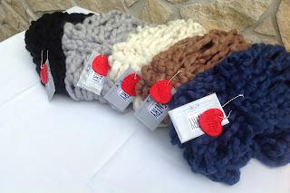 Sciarpe ad anello realizzabili in pura lana, misto lana o acrilico
