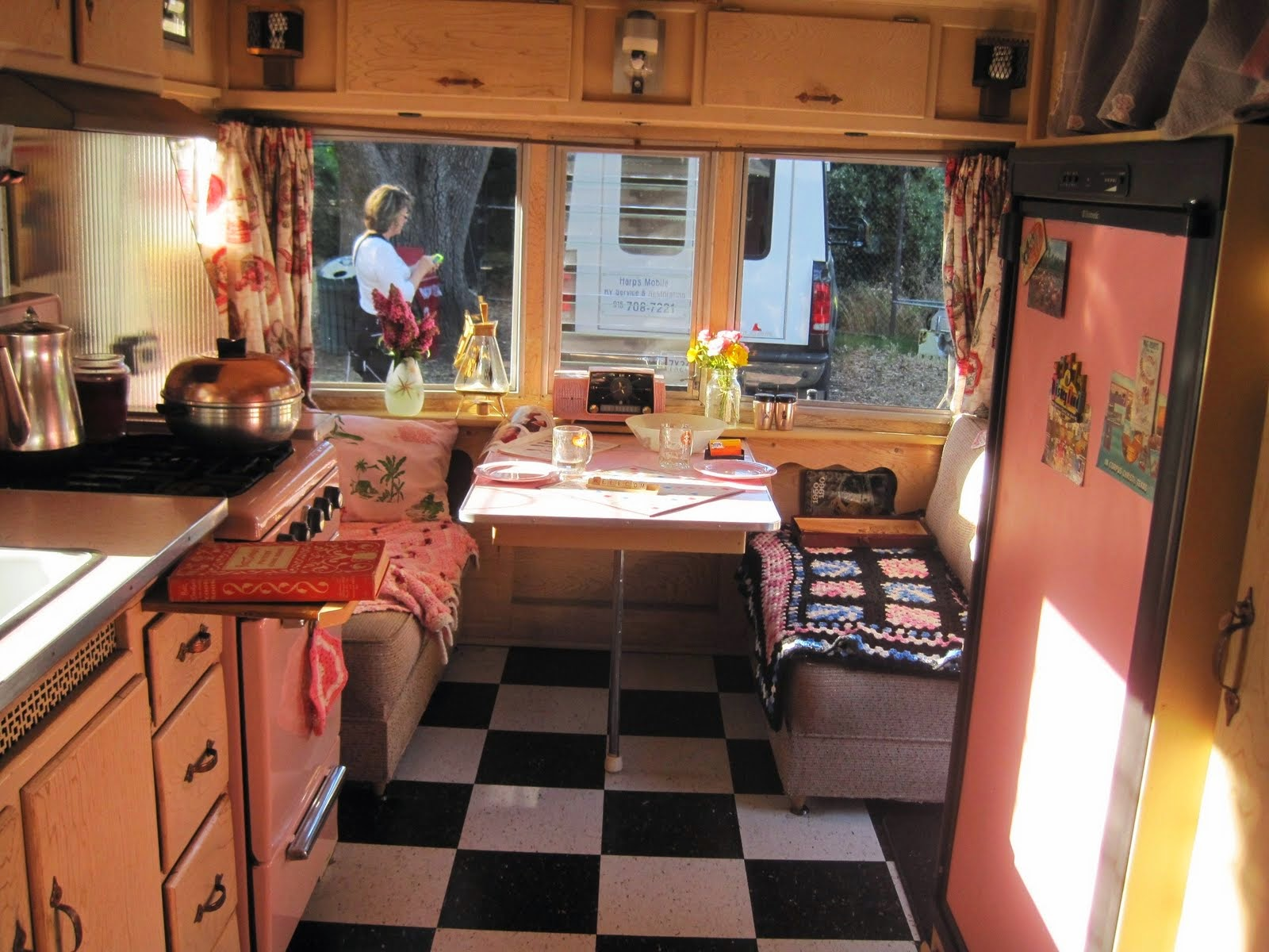 Best Vintage Mobile Home Interiors and Decoration