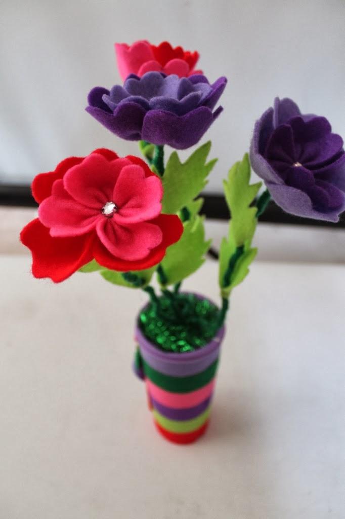 Galeri Seni Vas Bunga Dari Kain Flanel