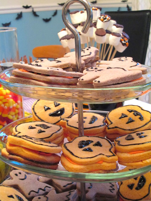 Easy treat to make for a halloween party for Easy halloween treats for work party
