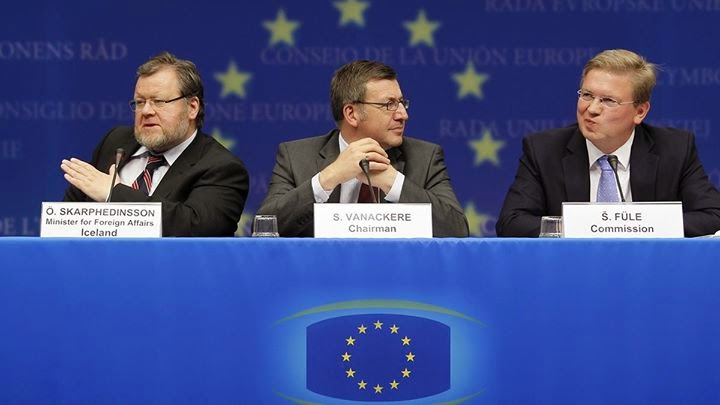 http://www.euronews.com/2015/03/12/iceland-drops-eu-membership-bid/