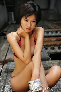 Cewek Sexy Pakai Bikini