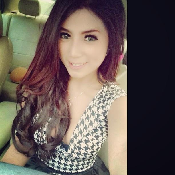 Gallery Foto Selfie Destiara Talita Caleg dan Model Cantik