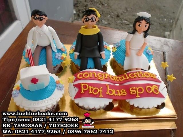Cupcake Tema Dokter dan Suster Daerah Surabaya - Sidoarjo (repeat order)