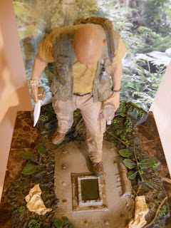 figura en miniatura de John Locke de la serie Perdidos