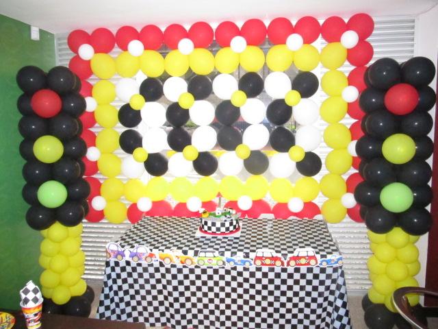 Decoracion con globos hot wheels medellin decoraci n for Decoracion de cuarto hot wheels
