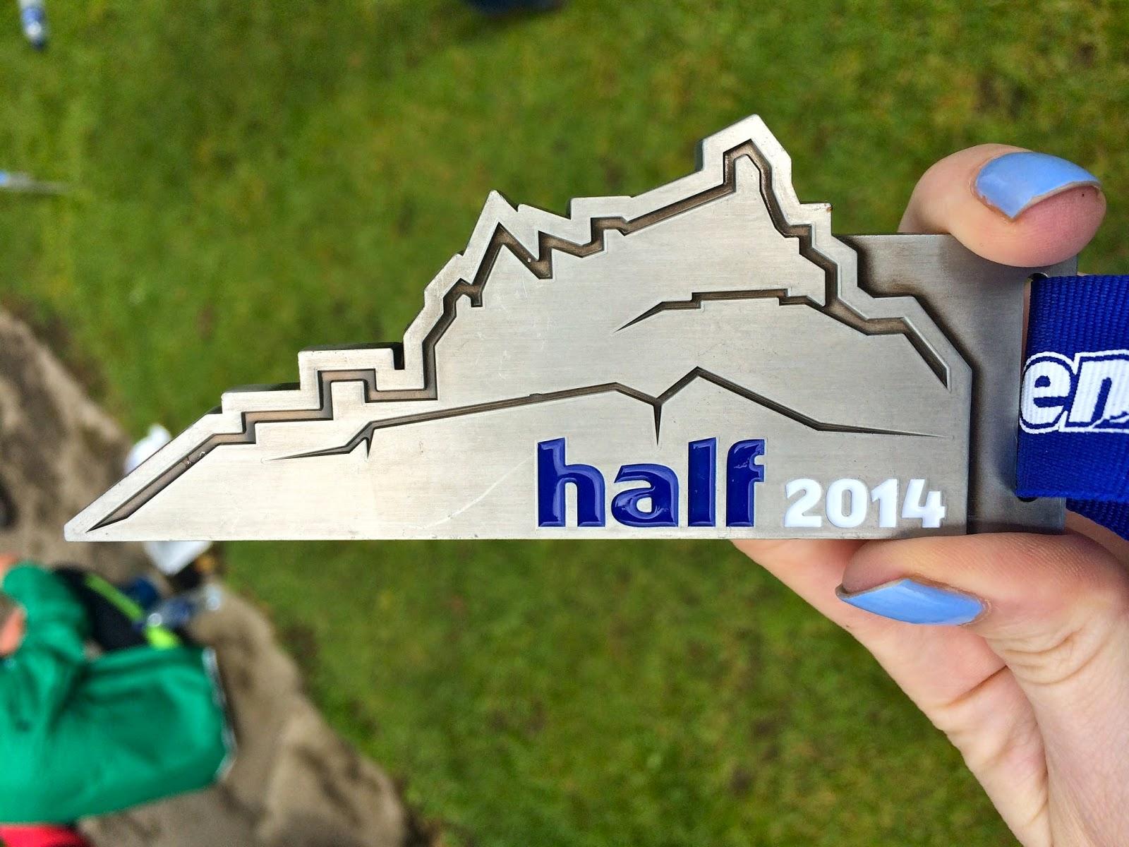 Edinburgh half marathon medal 2014