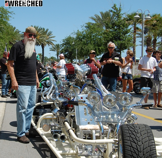 Kustom Kulture And Crazy Bikes: DWRENCHED