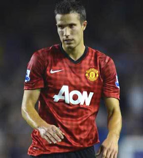 With Van Persie Manchester United suffer defeat