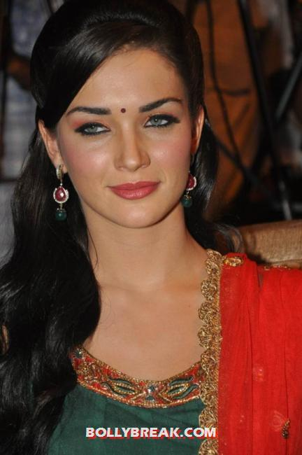 Amy jackson beautiful eyes  - (4) -  Amy Jackson in a red and green suit