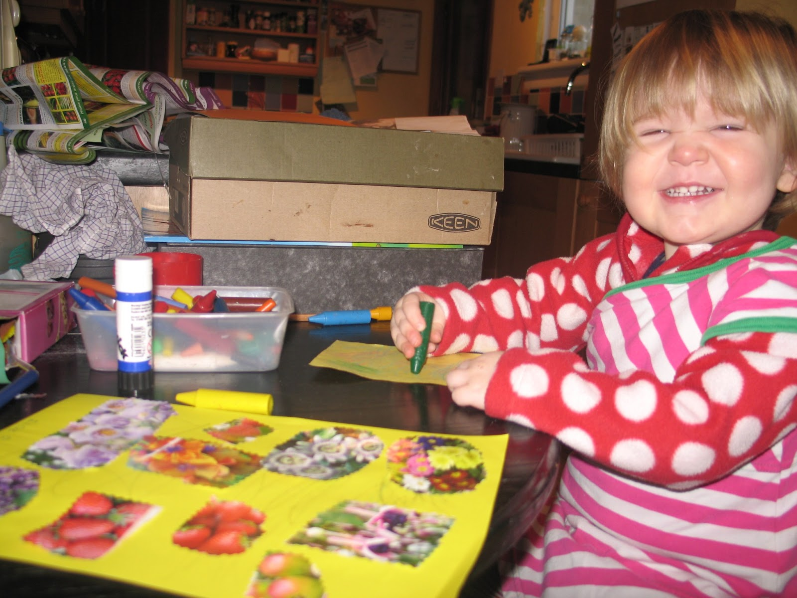 Ink Spots And Grass Stains Quick And Easy Craft Ideas For Toddlers