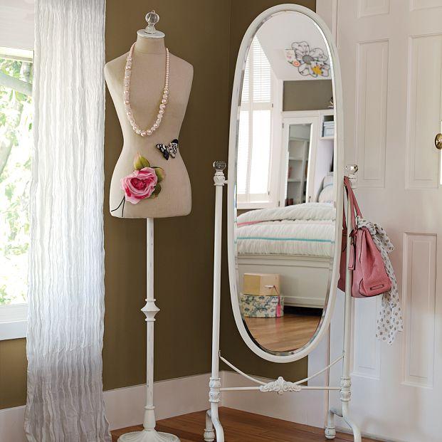 U m u m a manequim de busto para decorar for Espejos decorativos para habitaciones