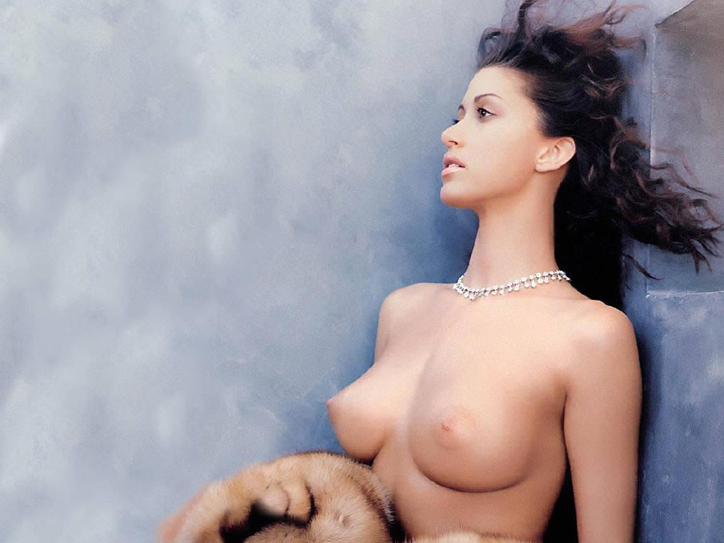 shannon elizabeth pushy nude