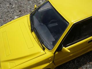 automóvil die-cast: lancia delta hf integrale